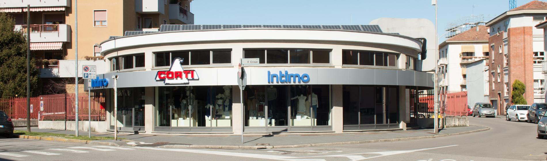 negozio di abbigliamento a busto arsizio